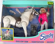 "1996 NRFB Hasbro European ""GALLOP FUN SINDY"" Doll & Horse Set #18957 8 Languages"