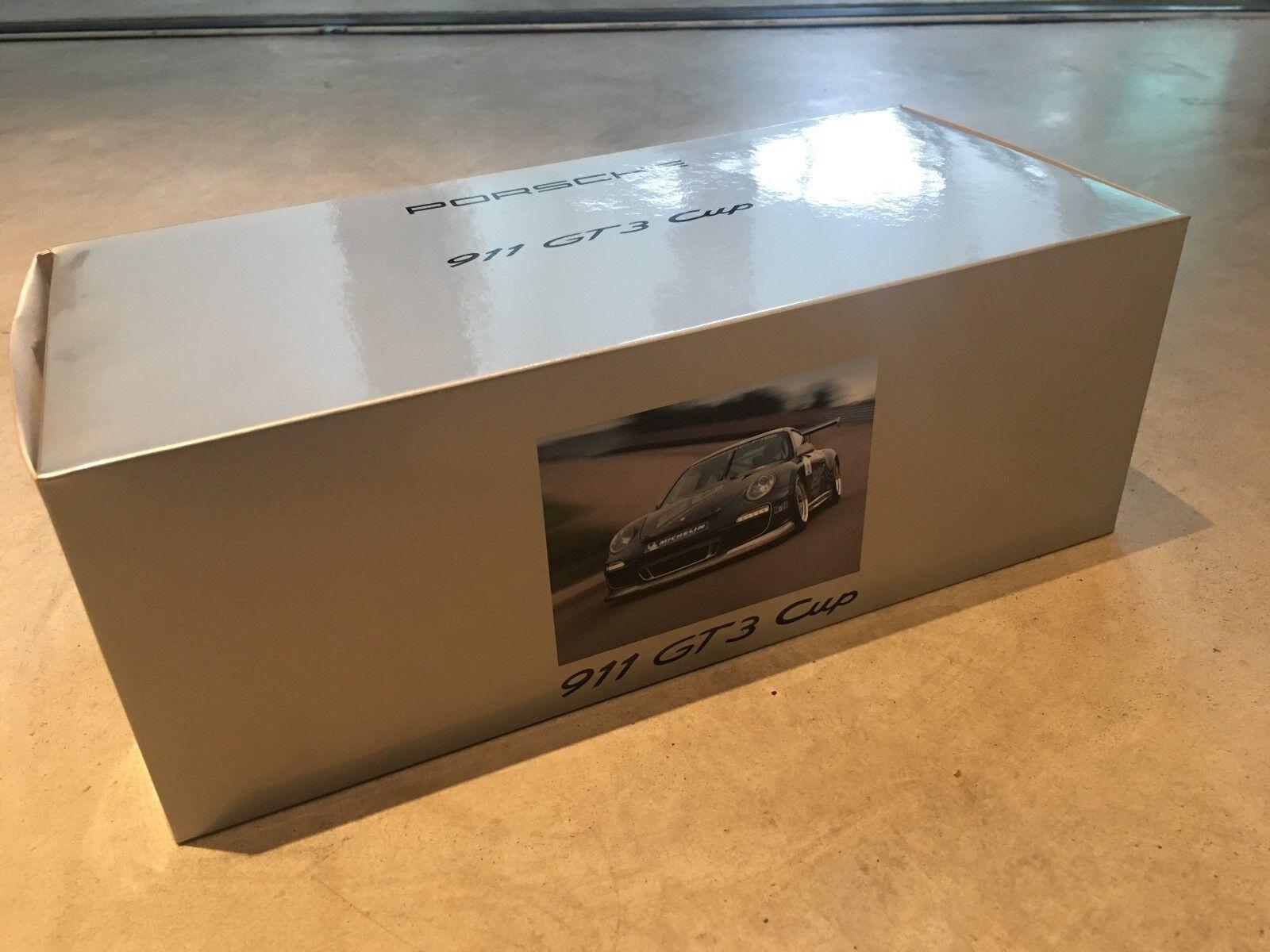 Porsche 911 (997) GT3 Cup Dealer Edition Dark grigio Minichamps 1 18