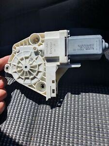 Moteur-leve-vitre-avant-gauche-electrique-Peugeot-307cc-phase-2-lire-descript
