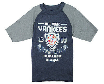 MLB Youth Boys New York Yankees Vintage Baseball Shirt - Blue and Grey