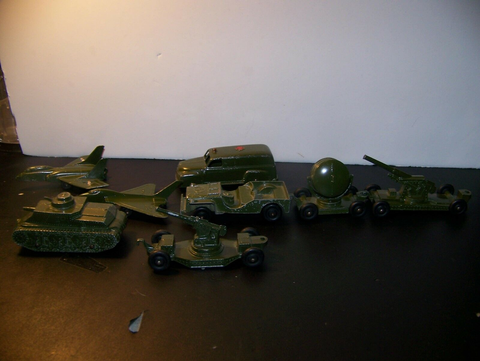 TOOTSIE TOY MILITARY VEHICLES LOT OF 8 1950's