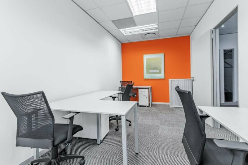 Private office space for 4 persons in DURBAN, Westville - Westway Office Park