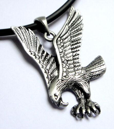 Winged Eagle Hawk Fly MOTARD MOTOS Rock Cool Étain Pendentif Collier Tour de cou