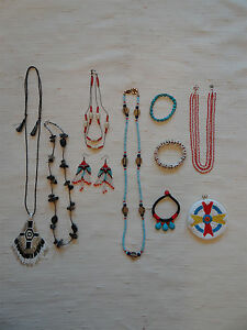 Native-American-inspired-jewelry-Lot-9-pc-50s-souvenir-coin-purse
