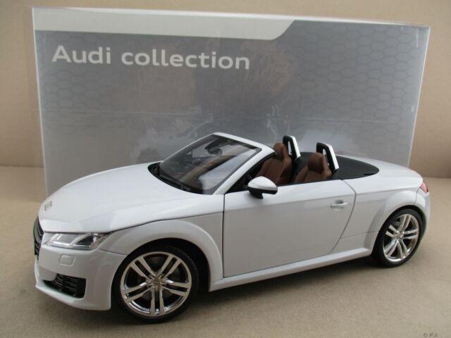 Audi TT Roadster in Gletscherweiß Minichamps Maßstab 1:18 OVP NEU