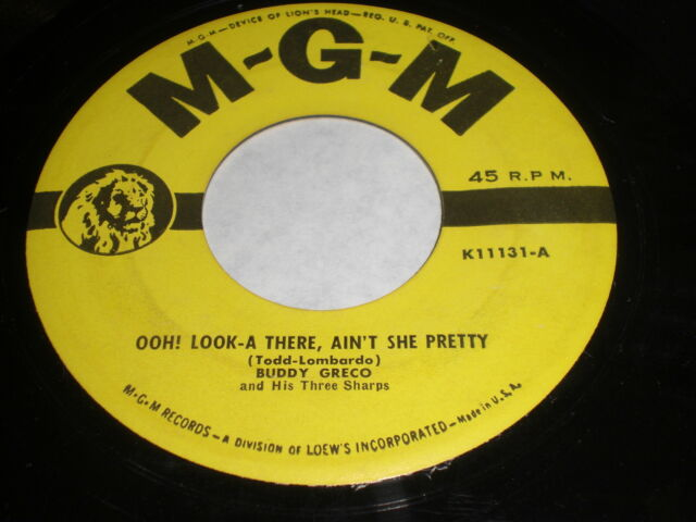 Buddy Greco: Ooh! Look-A There, Ain't She Pretty / Keep Me In Mind 45