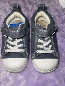 pediped sneakers unisex sz8 super nice cond.adorable flexfit(7mycode)