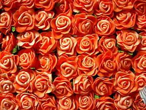 12-Rosen-Foamrosen-2-5-cm-f-Anstecker-Hochzeit-Tischdeko-Streudeko-Blume-orange
