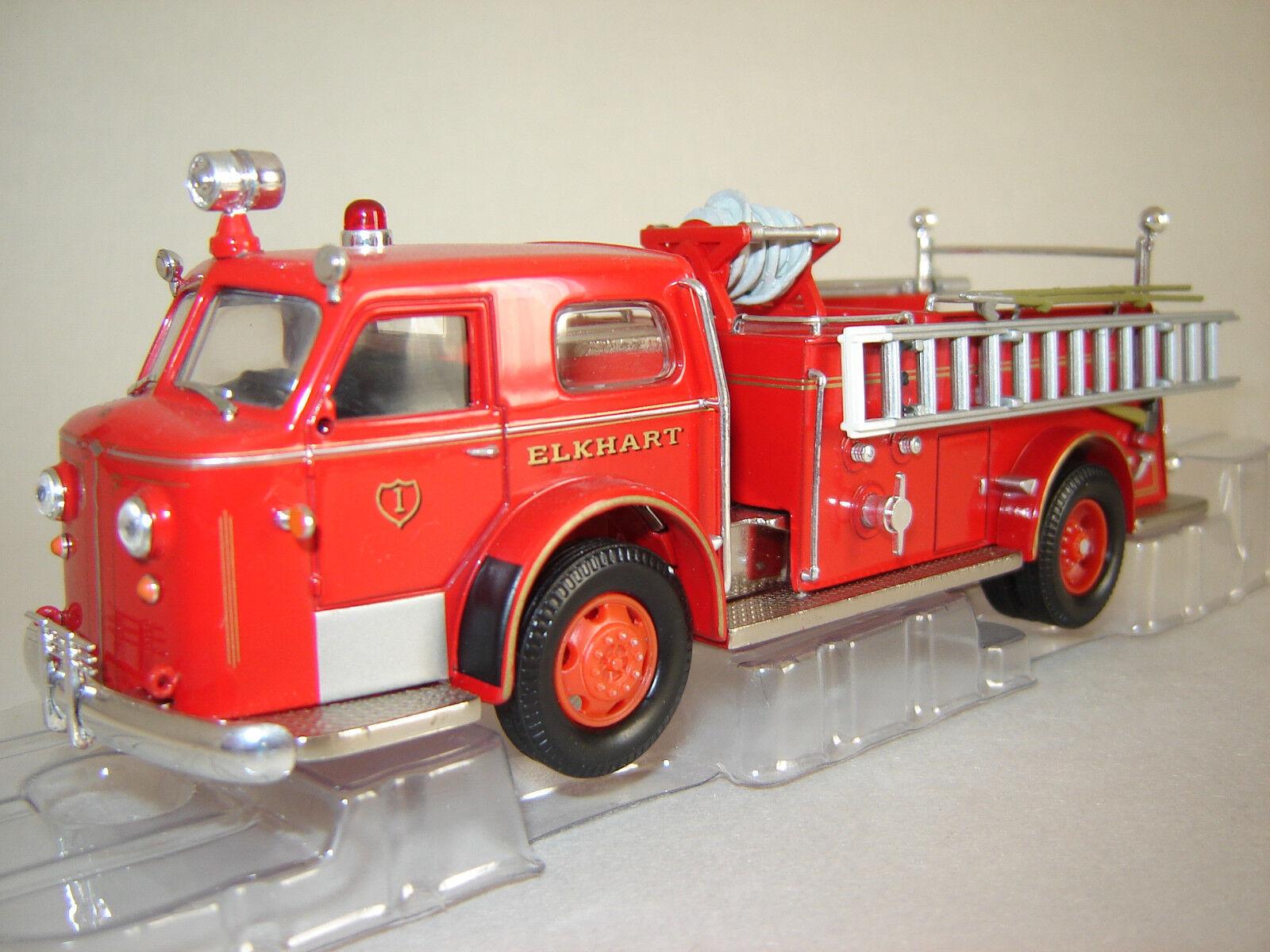 1 50 AMERICAN LA FRANCE 700 Pumper Elkhart 1954 - Corgi US53504