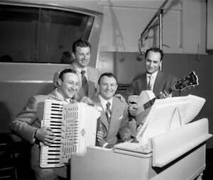 OLD-CBS-RADIO-PHOTO-Radio-Music-Program-Dick-Jurgens-Treasury-Show-4