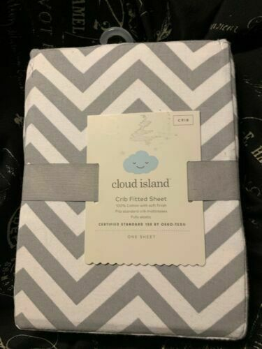 Cloud Island Gray//White Fitted Crib Sheet for Baby Infant New