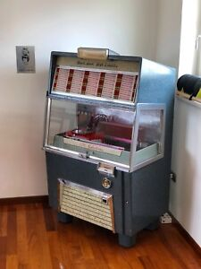 JukeBox-AMI-F120-Musik-Box-F-120-Juke-Full-Maniacal-Restorer-All-Original-Parts