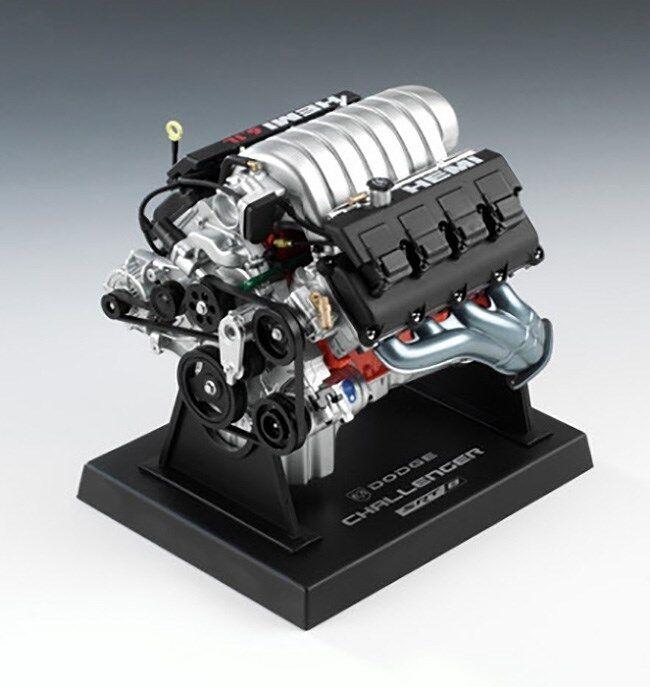 Liberty Classics 1 6 Scale Dodge Challenger Engine Replica