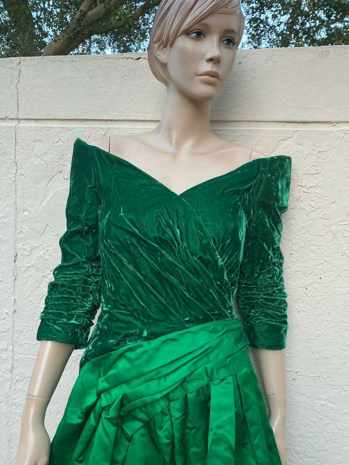 ARNOLD SCAASI BOUTIQUE VINTAGE 80's OFF THE SHOUL… - image 5