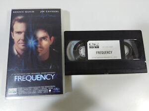 FREQUENCE-DENNIS-QUAID-JIM-CAVIEZEL-GREGORY-HOBLIT-VHS-FILM-BANDE-CASTILLAN