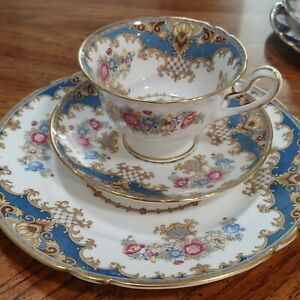 Shelley-Fine-Bone-China-Cup-amp-2-Saucers-Sheraton-Rose-Pink-Made-in-England