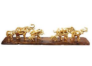 Extravagante-Moderne-Kunst-Vergoldete-Elefantenherde-von-Milo-Elefantenfigur