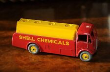 Vintage Dinky Supertoys / NMIB / Shell Chemicals AEC Tanker / 991 - 2