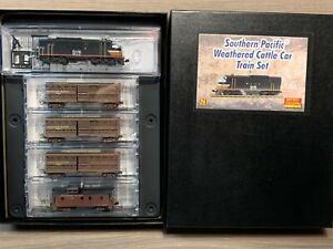 N Scale Micro-Trains Southern Pacific Weathered Cattle Car Train Set 993 01 420