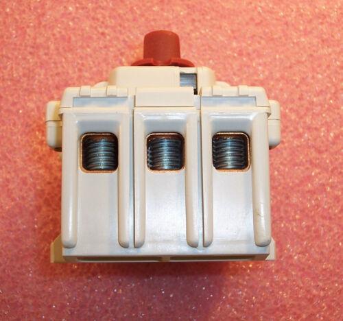 QTY BONLR53100 COOPER BUSSMANN 100A 600V DISCONNECT SWITCH 1