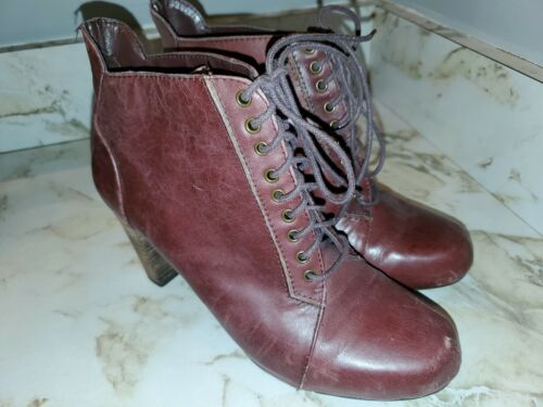 Vintage Nine West Womens Size 6M Red Leather Lace