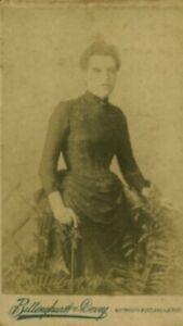 Photo-ancienne-albumine-femme-lady-anglaise-XIXeme