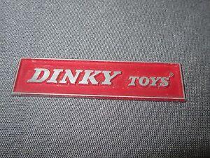 Antique Dinky Plaque Zamac Rectangle Revendeur 6,9 Cm 134 J