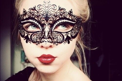 Black Luxury Metal Filigree Laser Cut Venetian Masquerade Mask w/Rhinestones