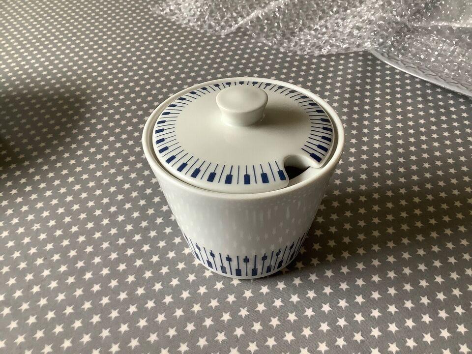 Porcelæn, Diverse skåle plus sukker krukke, Lyngby