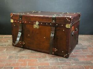 Finest-Antique-Leather-Handmade-Belted-Coffee-table-Trunk-Interiors
