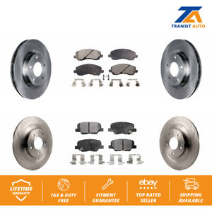 Stirling Both Left and Right Semi Metallic Brake Pads with 2 Years Manufacturer Warranty 2009 For Mitsubishi Outlander Front Set