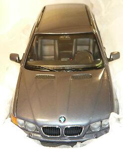 BMW-Händlermodell 80430140505 BMW X5 3.0d BMW-Dealer Edition NEU & OVP 1/18 - Nürnberg, Deutschland - BMW-Händlermodell 80430140505 BMW X5 3.0d BMW-Dealer Edition NEU & OVP 1/18 - Nürnberg, Deutschland