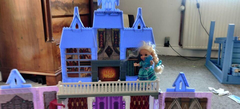Dukkehus, Frost Ana og Elsa