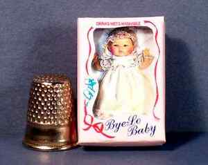Dollhouse-Miniature-1-12-scale-Bye-Lo-Baby-Doll-Box-dollhouse-girl-nursery