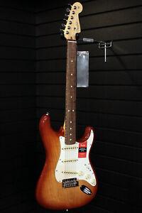 Fender-American-Professional-Series-Stratocaster-Electric-Guitar-Sienna-Sunburst