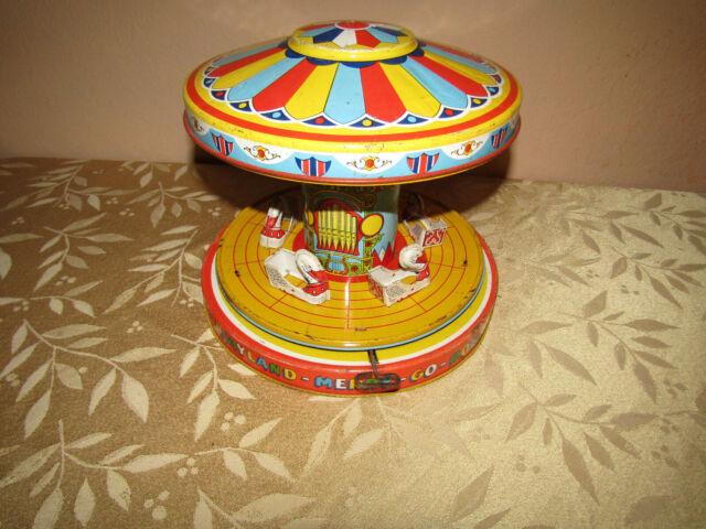Classic Vintage Clockwork Wind Up Merry-Go-Round Children Kids Tin Toys With Key