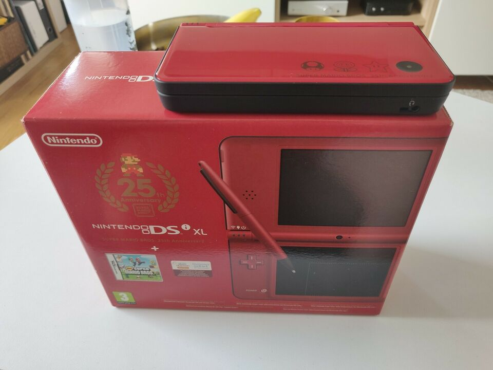 Nintendo DSI XL, Super Mario Bros. 25th Anniversary,