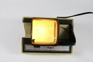 Vintage-Argus-Electromatic-Stack-35mm-Slide-Viewer-Model-693-2x2-Projector