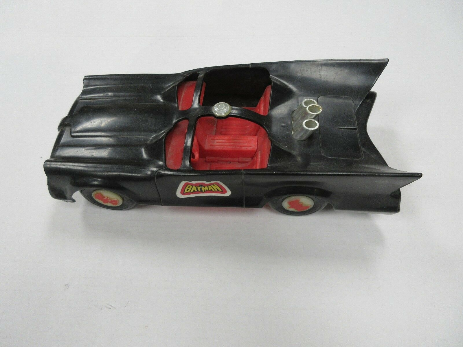 1974 MEGO WGSH BATMAN 8  INCH FIGURE BATMOBILE VEHICLE
