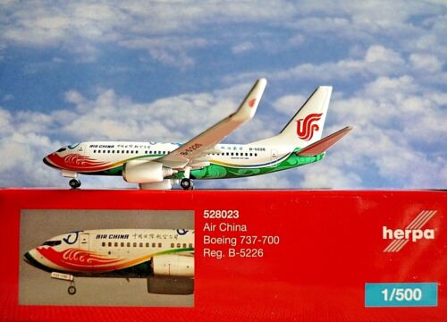Herpa Wings 1:500  Boeing 737-700 Air China B-5226  528023  Modellairport500