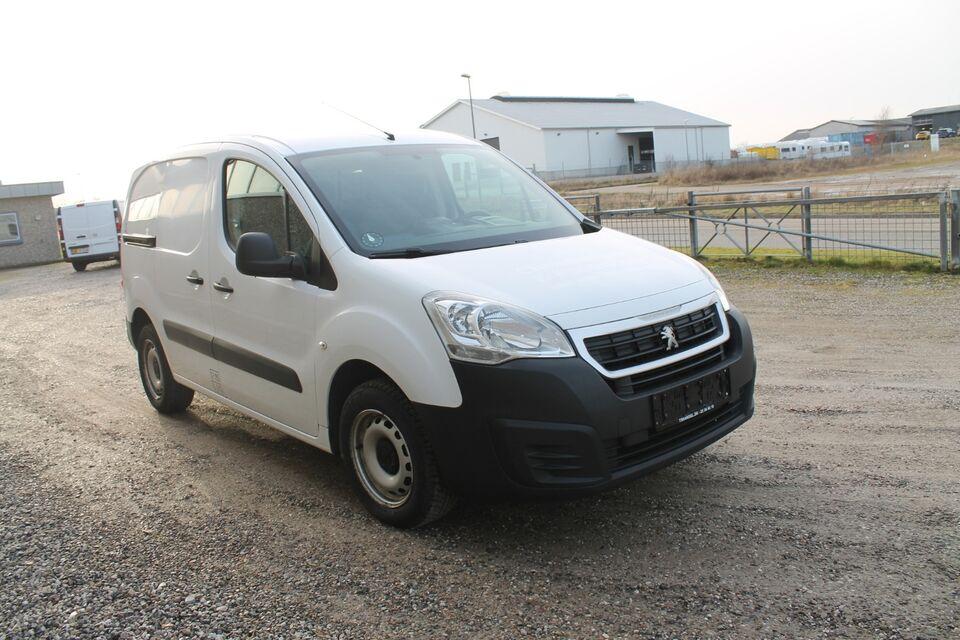 Peugeot Partner 1,6 BlueHDi 100 L1 Flex Van Diesel modelår
