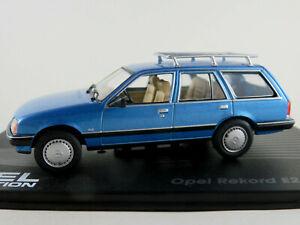 IXO-46-Opel-Rekord-E2-Caravan-1982-1986-in-blaumetallic-1-43-NEU-PC-Vitrine