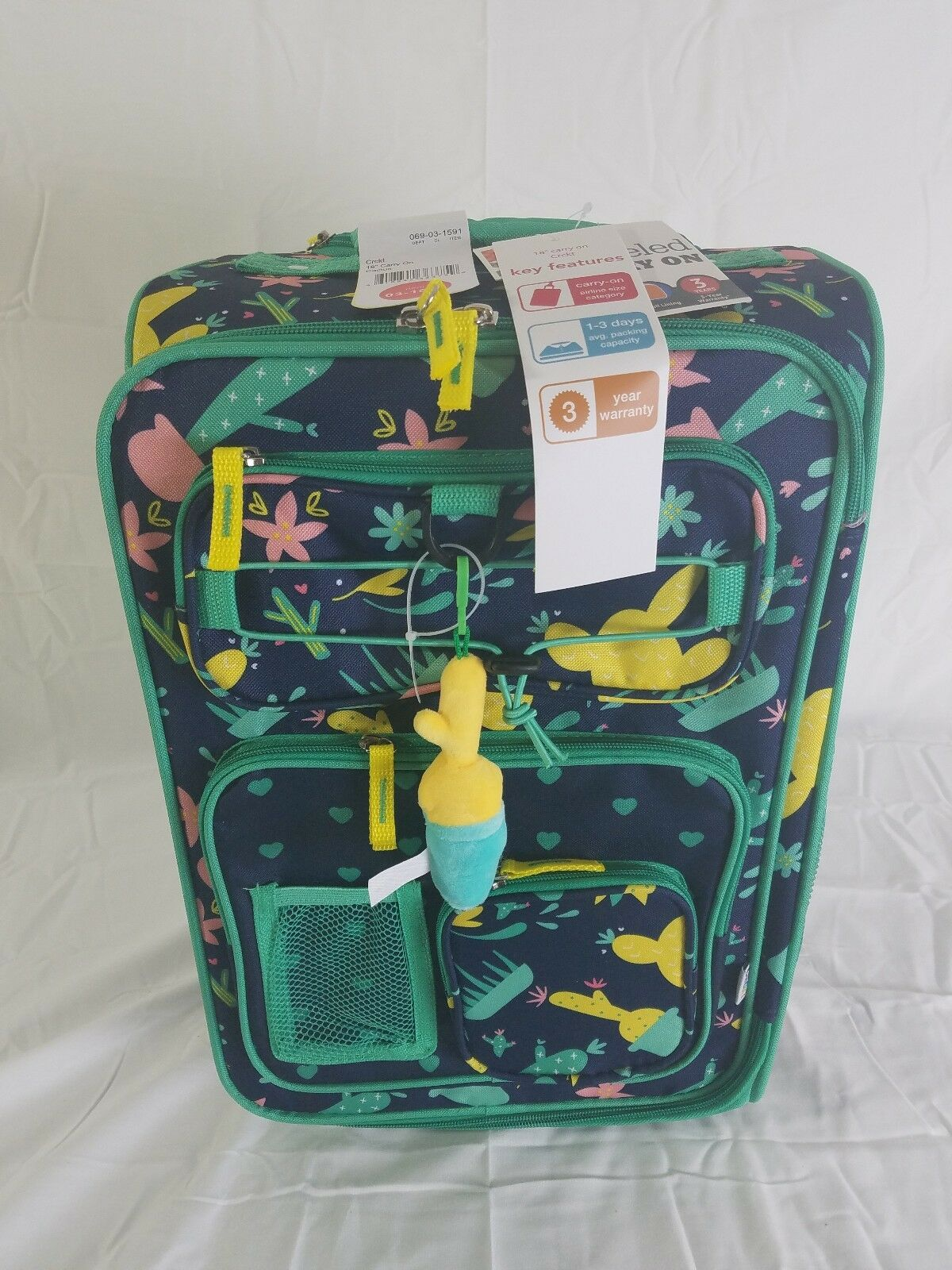 Spinner Carry On Luggage Crckt 18 Kids Star