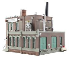 Woodland Scenics Built / Ready Clyde/Dale's Barrel Factory HO Train BR5026