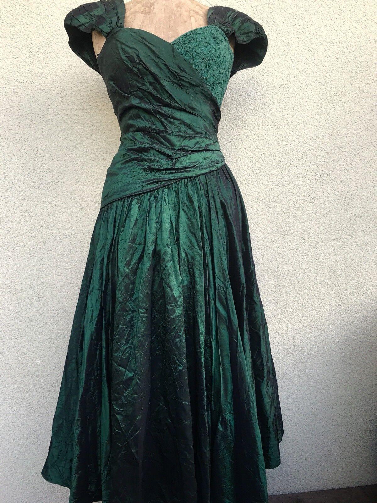 Vero Moda Moda Moda Abendkeid Gr. 38 grün changierend - wie neu   Outlet Store Online    Qualifizierte Herstellung    München Online Shop  7fd759