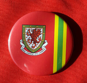 Wales-football-retro-design-Large-Button-Badge-58mm-diameter