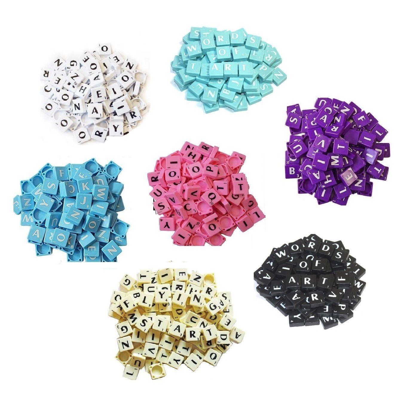 LETTERE in plastica Scrabble Tile Set di pezzi di gioco Scelta di plastica in legno 1-2000 SCR