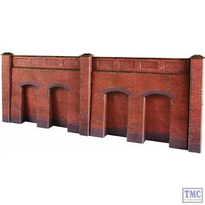 PO248 Metcalfe 00//H0 Scale Tapered Retaining Wall in Red Brick