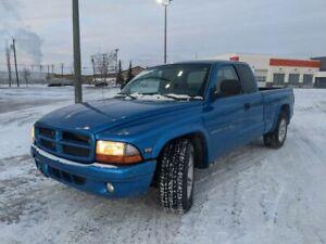 2000 Dodge Dakota Club Cab 131\ WB