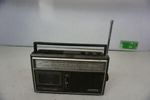 TELEFUNKEN-BAJAZZO-CR850-Radio-Retro-Vintage-Raritaet-selten-Sammler